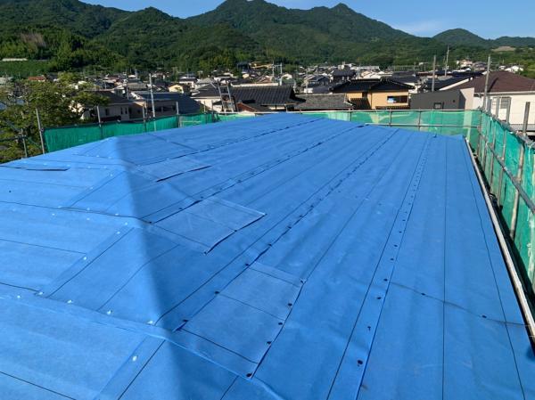 「コーポ河村様」柳井市柳井14-8 屋根カバー工事_200630_30.jpg