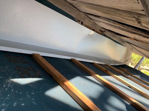 「河村邸」周南市八代1906-1 通路雨漏り修理工事_201210_21.jpg
